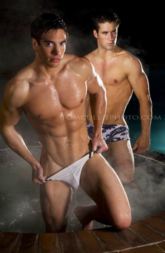 Steve_Chatham_GRAND underwear model sing GAY