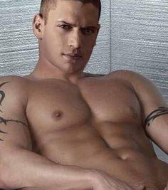 wentworth miller naked shirtless